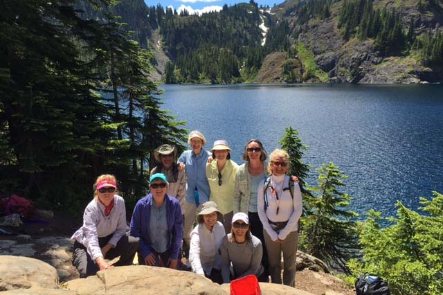 team survivor northwest cancer survivors on an alpine hike